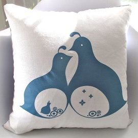 Two Blue Doves Pattern Super Soft and Comfortable Throw Pillow
