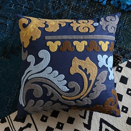 Noble Design Romantic Pattern Blue Throw Pillowcase