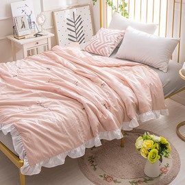 Pink Stripe And Cat Pattern Simple Style Polyester Air Conditioner Quilt