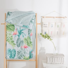 Green Leaf And Flamingo Pattern Cotton Air Conditioner Quilt