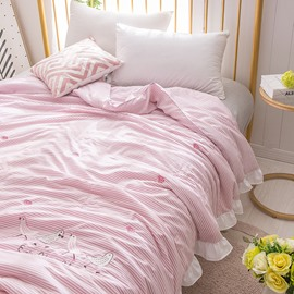 Pink Princess Style Stripe And Bird Pattern Polyester Summer Quilt