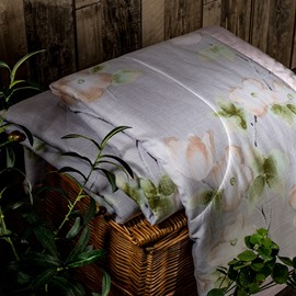 Simple And Elegant Style Flower Pattern Tencel Air Conditioner Quilt