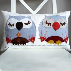 Cute and Lovely Daze Owls Pattern Super Soft Throw Pillow