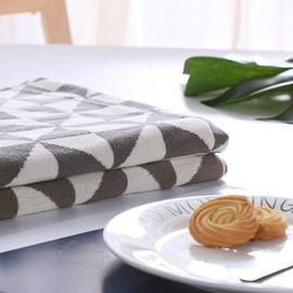 White and Grey Triangle Design Cotton Knitting Blanket