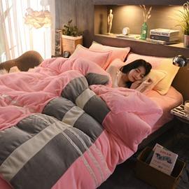 Sweet Pink Stripes Pattern Coral Fleece 4-Piece Fluffy Bedding Sets/Duvet Cover