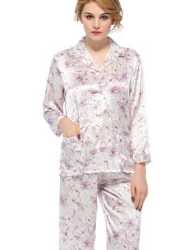 Wonderful Graceful Notched Collar Two Handy Patch Pocket Silk Pajamas