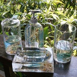 Creative Sea World Design 4-Pieces Organic Glass Bathroom Accessories