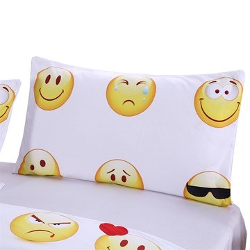 3D Emoji Printed Polyester 3-Piece White Bedding Sets/Duvet Covers