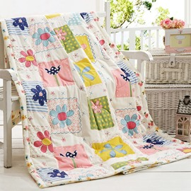 Super Lovely Beautiful Square Flowers Pattern Quilt