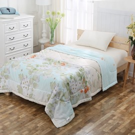 Butterfly and White Pear Blossom Print Tencel Lightweight Quilt