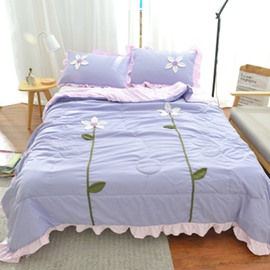 Flower Applique Skincare Polyester Quilt with 2-Piece Pillowcases