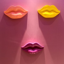 Modern Fashion Sexy Resin Lips Shape Design Home Wall Decors