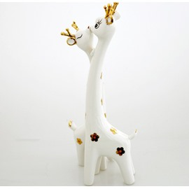 Gift Couple Giraffe Ornaments With Stylish Simplicity
