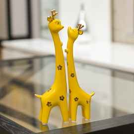 Adorable 1-Pair Ceramic Giraffe in Love Desktop Decoration