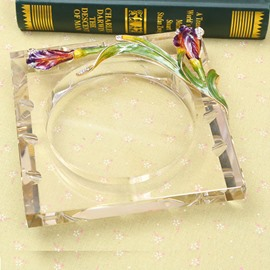 Fabulous Crystal Iris Pattern Ashtray Gift Idea
