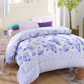 Small Blue Flowers Print Cozy Polyester Quilt
