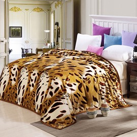 Golden Leopard Pattern Flannel Bed Blanket for All Seasons