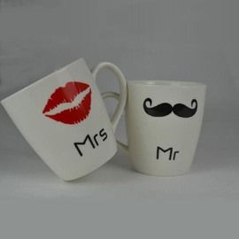 New Arrival Unique One Pair Mr and Mrs Cup with Sexy Lip or Beard