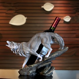 55 Modern Creative Cool Wolf Shape Design Resin Home Decoration Wine Rack