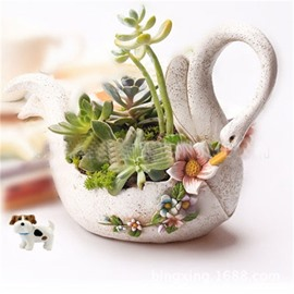 Elegant and Creative White Swan Shape Resin Succulent Pots