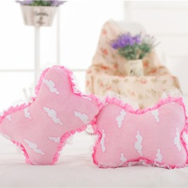 New Attractive 1-Pair Lovely Pink Clouds Model Design Creative Car Headrest Pillow