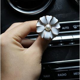 Creative Car Air-Conditioner Outlet Camellia Shape Car Decor Balsam
