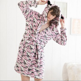 Vogue Pink Camouflage Comfy Flannel Male Bathrobe