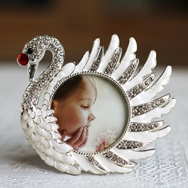 Exquisite Graceful Swan 6-inch Desktop Photo Frame