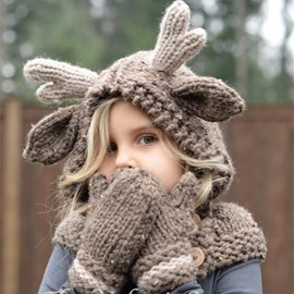 Antler Shape 2 Color Knitted Kids Outdoor Warm Cape Hat And Glove