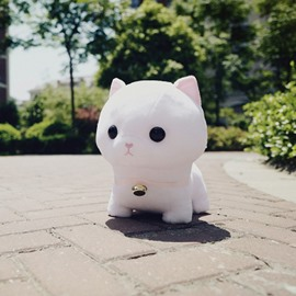 White Cute Creative Cat Soft and Breathable Plush Baby Toy