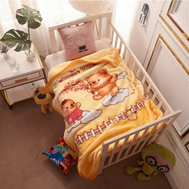 Yellow Bear Flannel Cartoon Bed Blanket Polyester Warm Lightweight Blanket for Baby/Kids