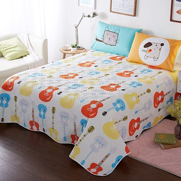 Guitar Pattern Cotton and Polyester Queen Size 3-Piece White Bed in a Bag