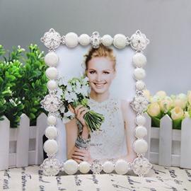 White Gorgeous American Style Rectangle 7 Inches Desktop Photo Frame