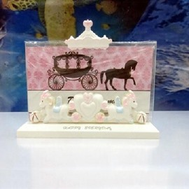 Amazing Merry-Go-Round Desktop Photo Frame