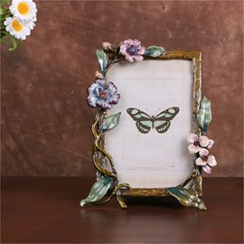 European Retro Style Square Zinc Alloy with Beige Rattan Wedding Gift Photo Frame