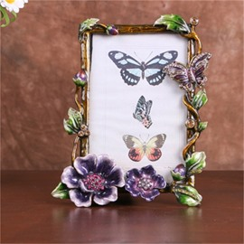 Retro and Pastoral Style Square Zinc Alloy with Beige Rattan Table Decoration Photo Frame