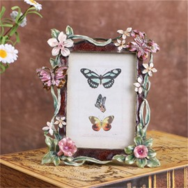 European Retro Style Pink Metal Butterflies Table Decoration Wedding Gift Photo Frame