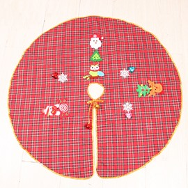 35' Various Christmas Elements Plaid Tree Skirt