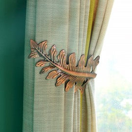 Original and Fashionable Retro Leaves U-Shaped Curtain Hooks and Wall Hooks
