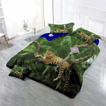 3D Leopard Resting on Tree Wear-resistant Breathable High Quality 60s Cotton 4-Piece 3D Bedding Sets