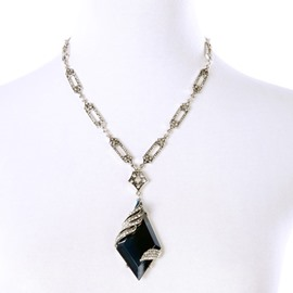 Women' s Fashion Diamante Rhombus Gemstone Pendant Necklace