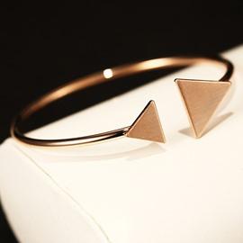 Women' s Popular Simple Punk Style Bracelet