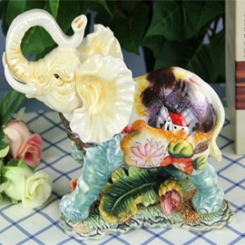 Cute Ceramic Elephant Shape Water Lily Pattern Desktop Decoration Painted Pottery