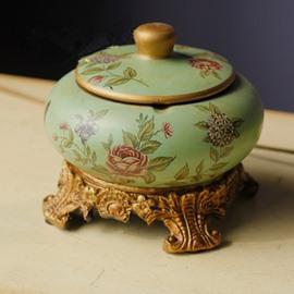 Classic European Style Flower Pattern Desktop Ashtray Painted Pottery