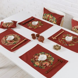 Gorgeous Red Flower Pattern 4 Pieces Heat Resistant Washable Decorative Table Placemats