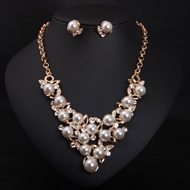 Luxury Pearls Alloy Statement Necklace with Earrings