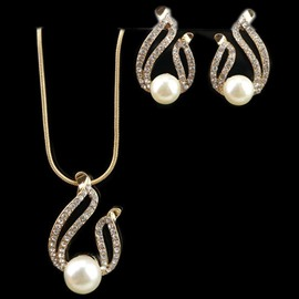 Pearl Choker Chunky Pendant Bib Necklace Earring Jewelry Set