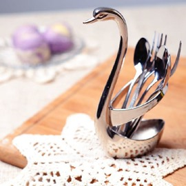 New Arrival Elegant Swan Design Metal Flatware Caddy
